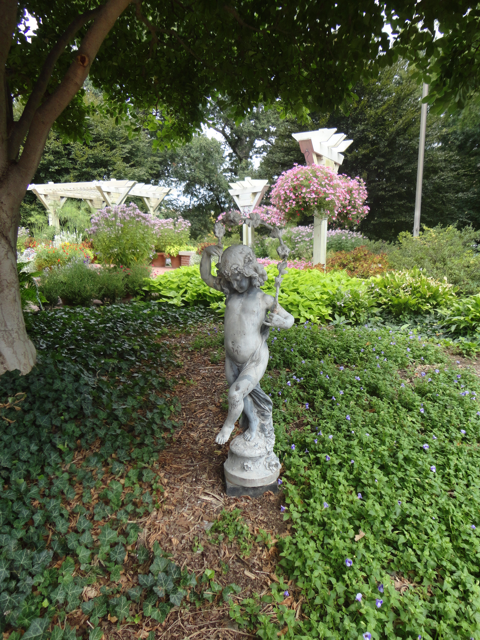 Garden at the Illinois Executive Mansion