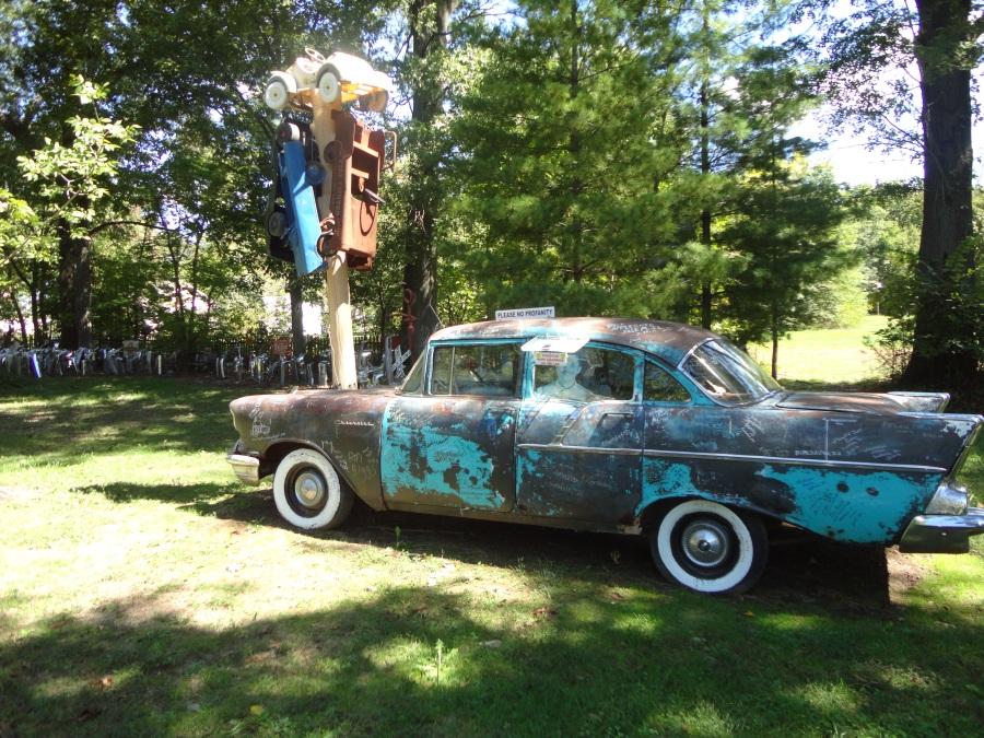 Love yard art? Come to Salem, Illinois!