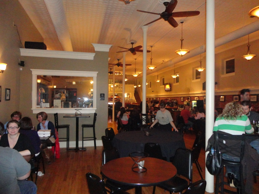 River City Winery, a stop in a River Town