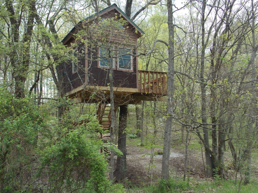 Treehouse cabins offer a lofty view in Southern Illinois - photo by Rose Hammitt