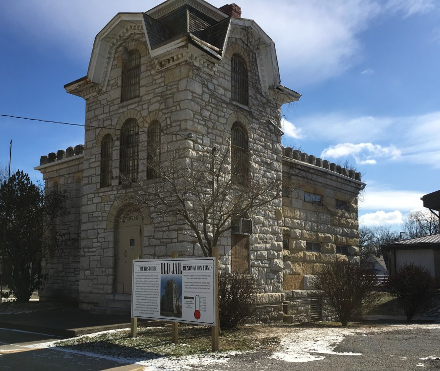 carlinville old jail